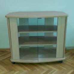 Fly q110 tv - Srbija: Staklena komoda za tv u odličnom stanju