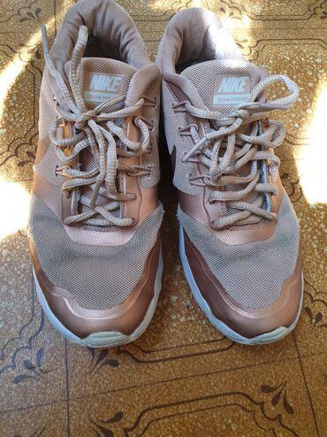 stilnye krossovki nike в Кыргызстан: Кроссы Nike