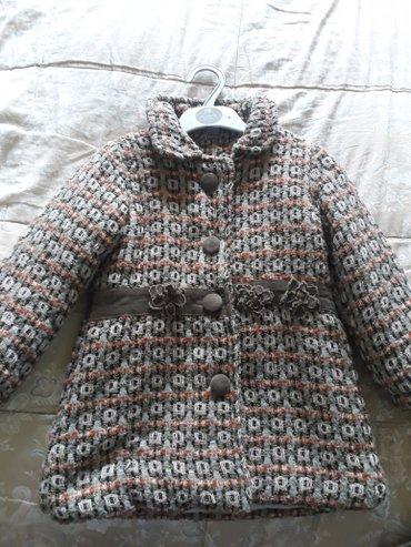 Bakı şəhərində Зимний костюм Пальто с брюками.на девочку 5-6лет