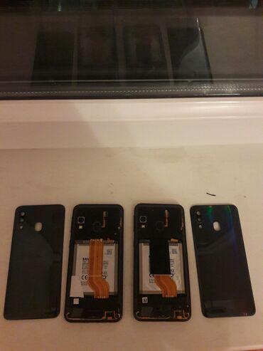 Samsung - Saray: Ehtiyat hissələri kimi Samsung A40 64 GB qara