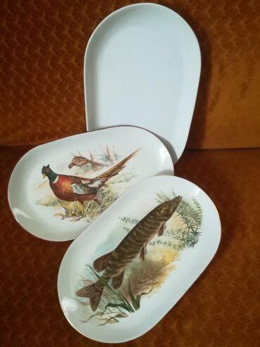 Kuhinjski setovi - Surdulica: Tri ovalna tanjira fi 37x22 cm sve za 800 din, porcelan. U dobrom
