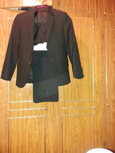 Школьные костюмы для мальчиков - Кыргызстан: Костюм для мальчиков 10 -11 лет .Костюмы пиджаки брюки . Один кос