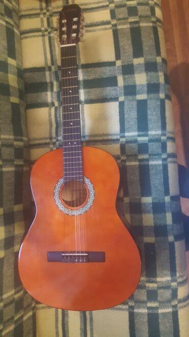 Sport i hobi - Veliko Gradiste: Gitara na prodaju!Koncertna gitara Nikad korisćena Doneto iz nemaćke