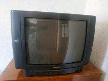 Televizor satılır işlək vəziyyətdədir bidənə qabaq knopkaları xarabdır