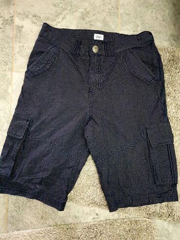 Dečije Farmerke i Pantalone | Negotin: Bermude za decake,teget karirane vel.14,struk 36 duzina 50cm