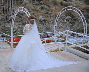Свадебное платье со шлейфом (трансформер)