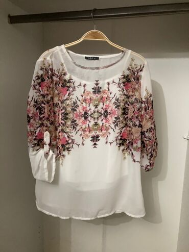Новая блузка с красивым принтом Производство Турция