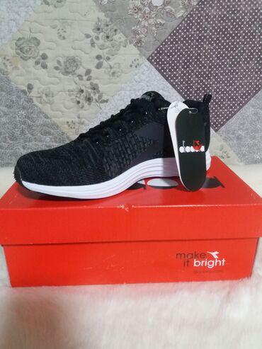 спортивная обувь в Кыргызстан: Мужские кроссовки. Новые