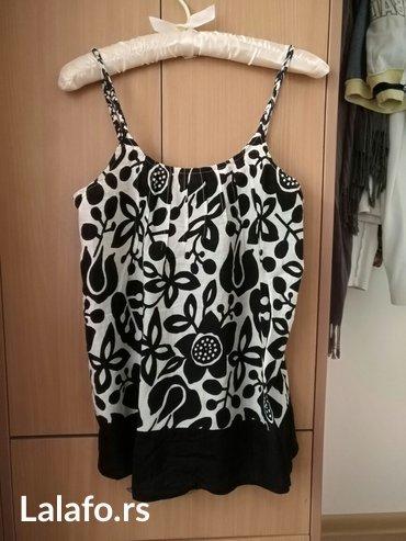 Bluza /majica prelepa m extra bluza prosivena lastisem na gornjem ledj - Beograd