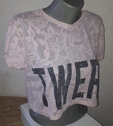 Crop majica Majica u puder roze boji (prljavo roza) - Kraljevo