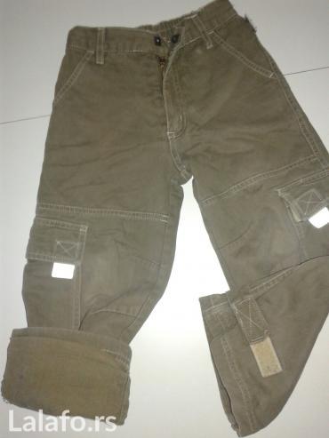 Maslinaste zelene dzeparice - Srbija: Pantalone, velicina 8, postavljene idealne za hladnije dane