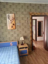 1 otaq ev satıram - Azərbaycan: Mənzil satılır: 3 otaqlı, 70 kv. m