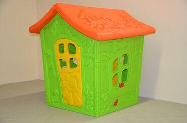 Детский из твёрдого пластика домик. Высота: 1,30 мЗанимаемая площадь