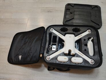 xiaomi himo z16 в Кыргызстан: Дрон, квадракоптер Xiaomi 4k с сумкой и двумя батареями, с запасными в