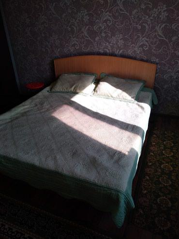 Продаю двух спальный кровать. состояние отличное. без матрац. в Бишкек