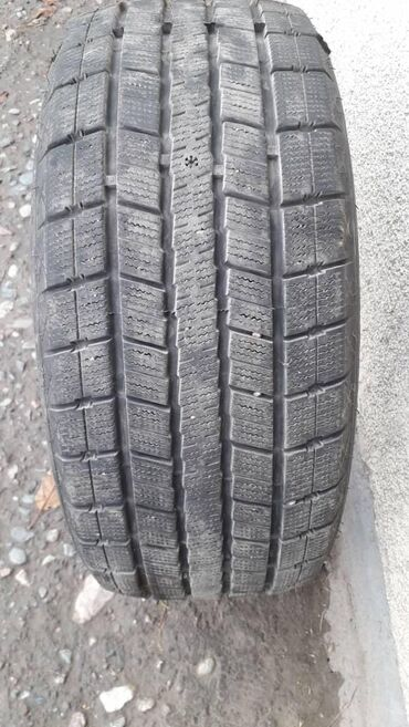 шина 19565r15 в Кыргызстан: Продаю шины 225/50/17. Почти новые 80-90%