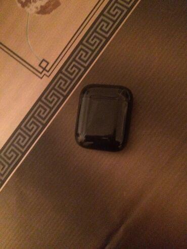 Salam.Təkqulaqlı qulaqlıq satıram.(Bluetooth).Təmiz orginaldı.Heç