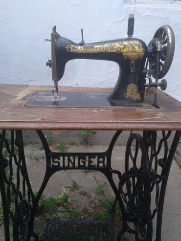 Спорт и хобби - Орловка: Продаю швейную машинку Сингер. Раритет.В рабочем состоянии. 1914 года