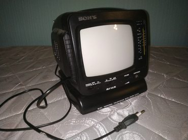 столики для телевизора в Азербайджан: Переносной ч/б телевизор. Маленький 5.5 дюймов диагональ. Удобен для н