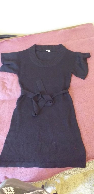 Strikana haljina (može biti tunika), koriscena ali bas ocuvana
