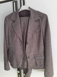 Komplet ,sako i pantalone (malo ispod kolena) kupljeno u Svajcarskoj. - Kragujevac