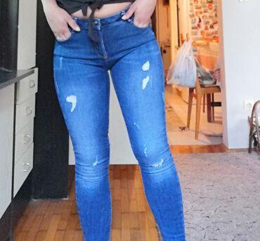 Ženske farmerke - plavo - Beograd: Zara nove farmerke, sa dosta elastina, m Velicina, savrseno stoje