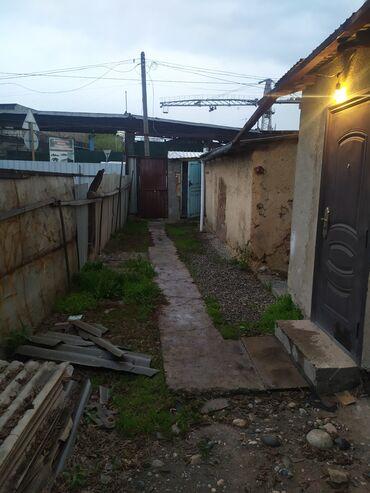 Квартиры - Бишкек: 2 комнаты, 38 кв. м Без мебели, Не затапливалась, Сдавалась квартирантам