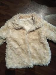 Dečije jakne i kaputi | Ruma: Zara bundica za devojčicu. Veličina 4 - 5. Bundica je prelepa