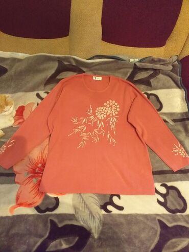 женское платье 56 в Кыргызстан: Кофта женская.Китай,фабричная.Размер 56.Цена 750 сомов