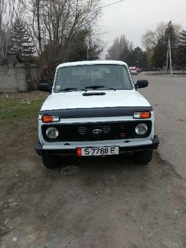 lada priora универсал в Бишкек: ВАЗ (ЛАДА) 4x4 Нива 1.7 л. 2020