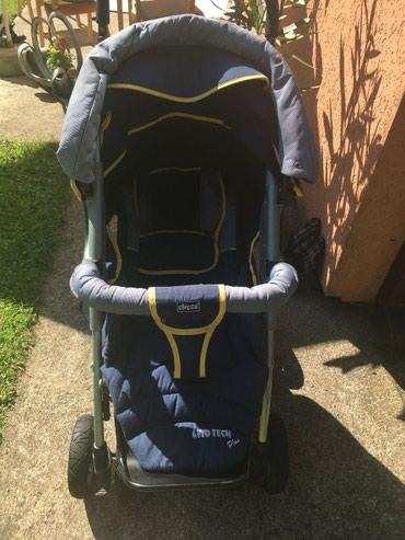 Chicco bebi kolica malo korišćena, poseduju i korpu za nošenje i - Nis