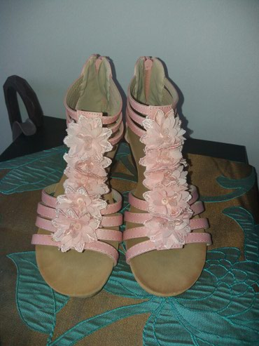 Bebi roze sandale samo jednom obuvene br.38 un.gaziste 24.5 - Krusevac