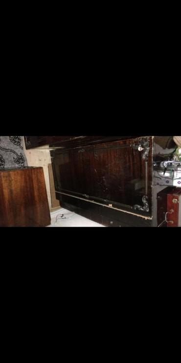 деревянный комод в Азербайджан: Продаётся СРОЧНО в связи с переездом!!Б/у комодЦена: 15 AZNАдрес