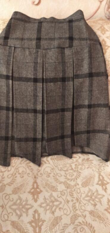 Драповая юбка в отличном состоянии, 44 р-р, низ смотрится очень