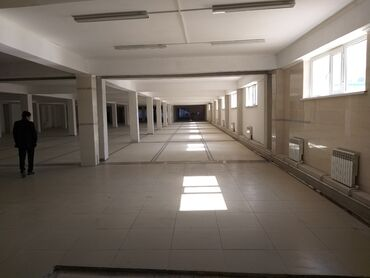Заводы и фабрики - Кыргызстан: Сдаю помешение 3000+2500 под бизнес