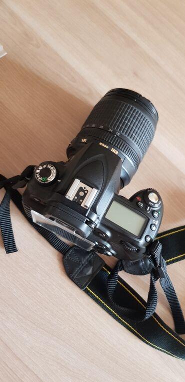 Fotoaparatlar Azərbaycanda: Nikon d90 modelidirProbeg 10 arasi . Fotoparat ucun bu probeg