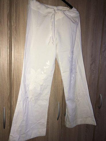 Bele pantalone nove. Velicina univerzalna imaju lastiz za podesavanje! - Novi Pazar