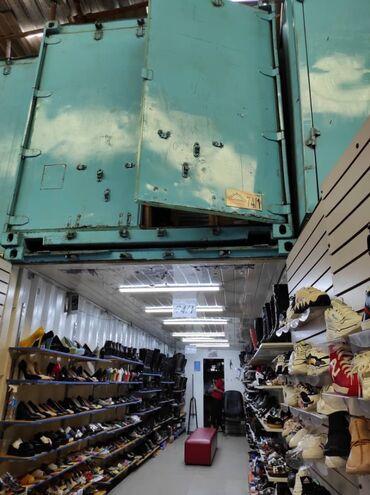 контейнер 40 тонн в Кыргызстан: Продаю контейнер 40 тонник проход Мир обувь номер74/1
