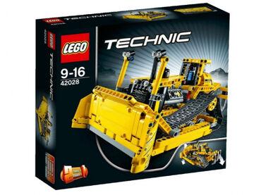 Реалистичная - Кыргызстан: 42028 lego technic bulldozer без коробки  количество деталей: 617   ре