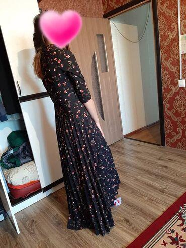 Платья турецкое размер 38 почти новая стоимость 2000