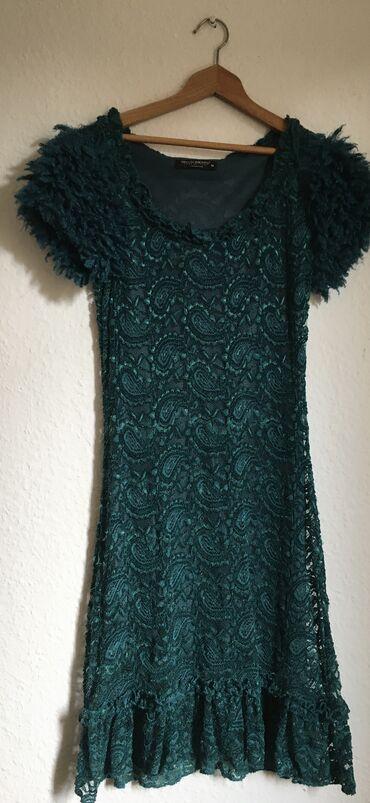 Kao Nova Rinascimento haljina, jednom obucena! Bez ostecenja!