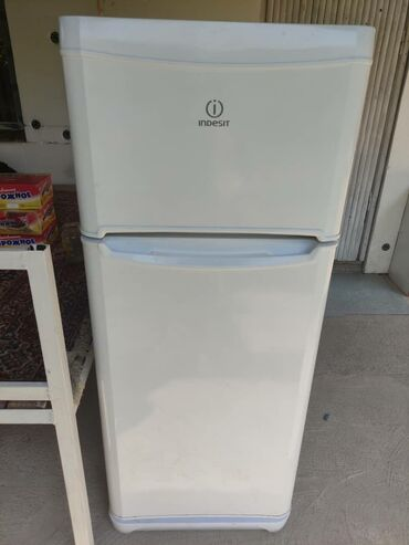 Электроника - Кант: Двухкамерный   Белый холодильник Indesit