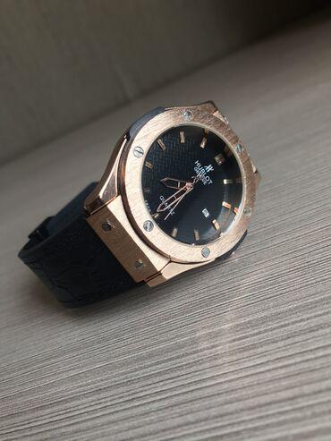 Продаю часы Hublot Geneve. Покупались в Москве. Почти новые