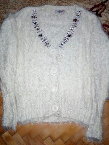 Prelep beli cupavi džemper sa cirkonima. Veličina univerzalna. - Lazarevac