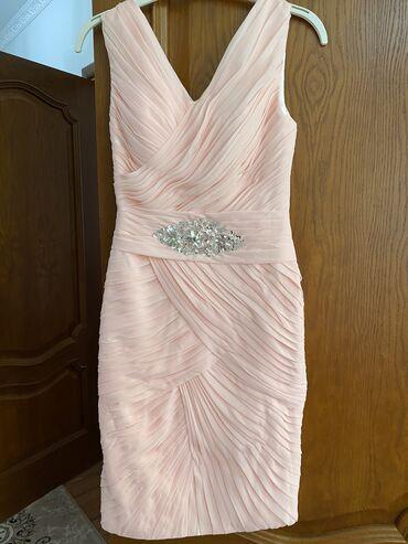 Шикарное вечернее платье. Продаю так как нужны деньги