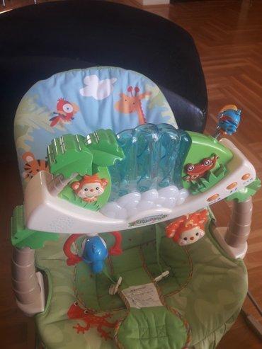Fisher price njihalica  za bebe do 9kg,muzička sa vibracijom,sve - Beograd