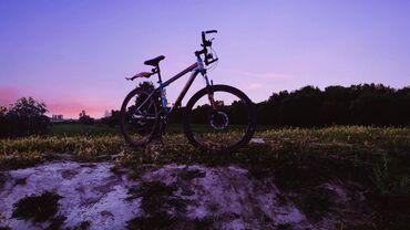 Велосипед26колесаПереключатели скоростей Shimano (24 скорости)Вилка