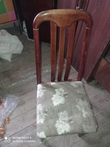 Gencede 2 dene stol o vaxtindi mohkemdi ikisi 20 m