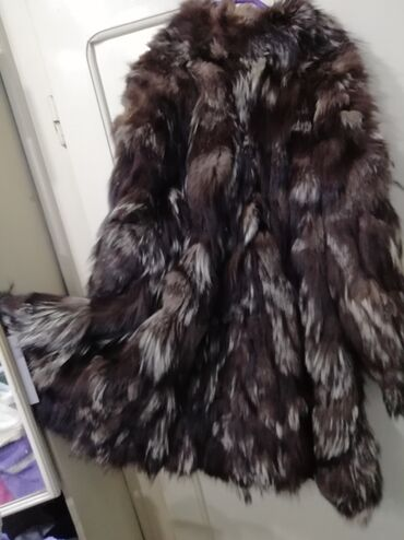 Bunda pelerina od srebrne lisice 38Odlicna bunda od luksuznog krzna