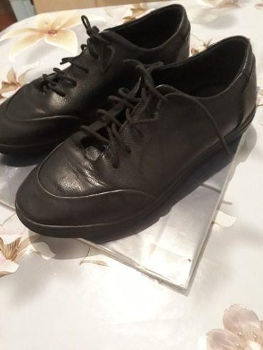 туфли черные 35 размера в Кыргызстан: Мальчиковые туфликожанные 35 размера .Носили аккуратносостояние на